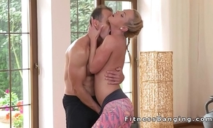 Yoga tutor bangs sexy tow-haired babe in advance gym