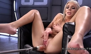 Blonde squirter screwing tool